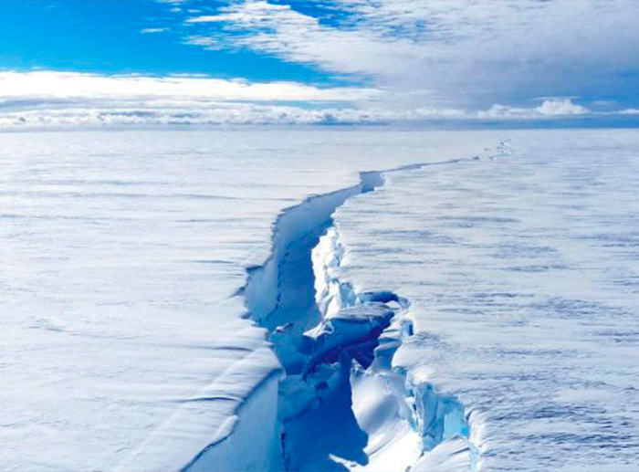 A Satellite Lets Scientists See Antarctica's Melting Like Never Before